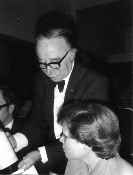 Ine Droogh-Goossens aan Diner met Paul Bocuse in  in 1976