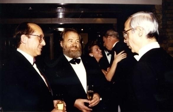vlnr Pierre Tari, Hans Gerd Kübel en Guy Bonnefoit Steigenberger Hotels