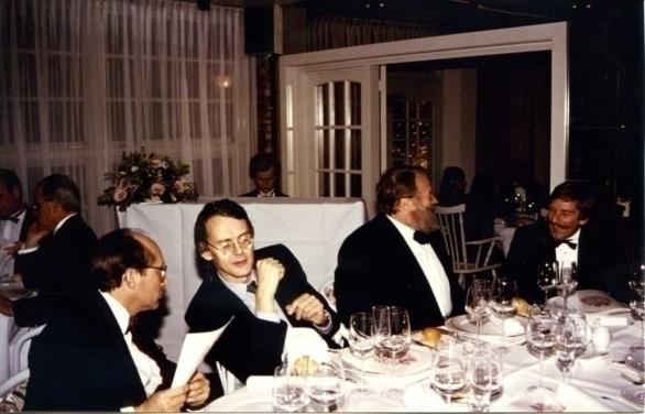 vlnr Pierre Tari, Hubrecht Duijker, Hans Gerd Kübel, Stephan van der Ven en jazz-coryfee Bert van den Brink