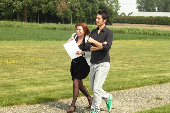 Ine Goossens | Just Add Wine en Cédric Bouchard |Champagne Roses de Jeanne op weg naar de heli