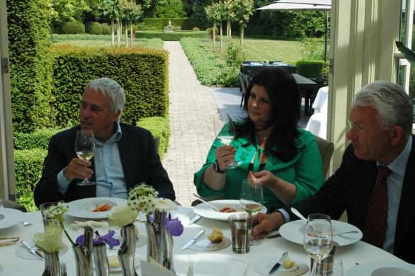 Je ziet Claudia blij denken! Champagne Roses de Jeanne past helemaal bij Inter Scaldes!