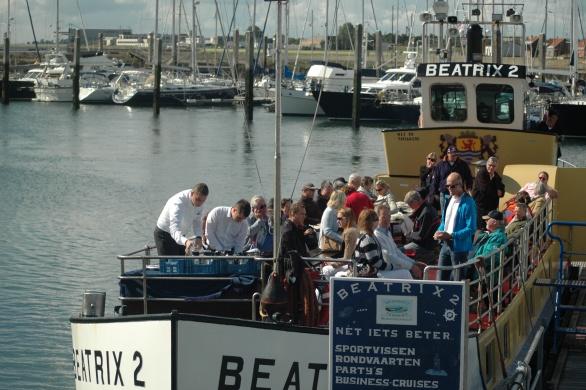 We gaan vrijdag 1 juli 2011 om 10.00 uur aan boord van de Beatrix 2