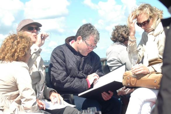 Gepassioneerde wijnliefhebbers konden hun hart ophalen bij hun keuze uit de spectaculaire wijnkaart van Inter Scaldes!
