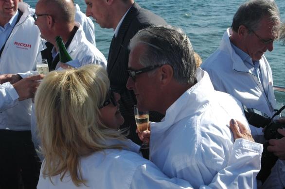 Ricoh-topman Carol Dona met echtgenote Marianne. Love under Construction!