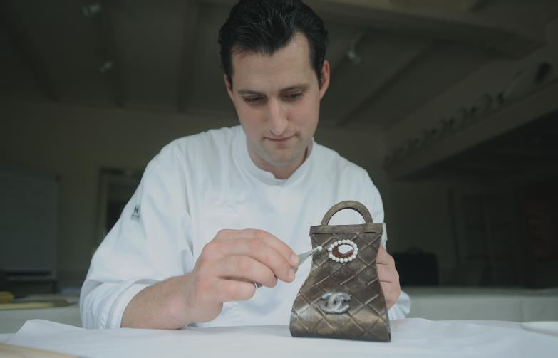 Het ravissant mooie Choco Chanel tasje van Sous-Chef Paul de Groote. Werkelijk beeldschoon en om op te vreten!