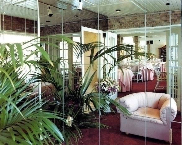 vernieuwde Graaf aan de hand van speelse ideeën van Jan es Bouvrie in 1983