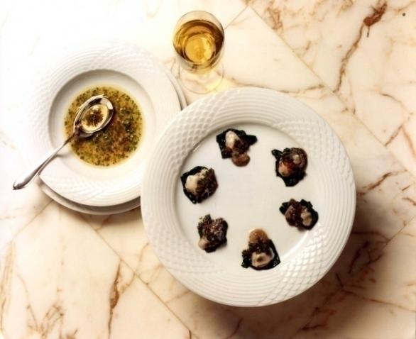 Les huîtres aux épinards à l'estragon et à l'huile de noix