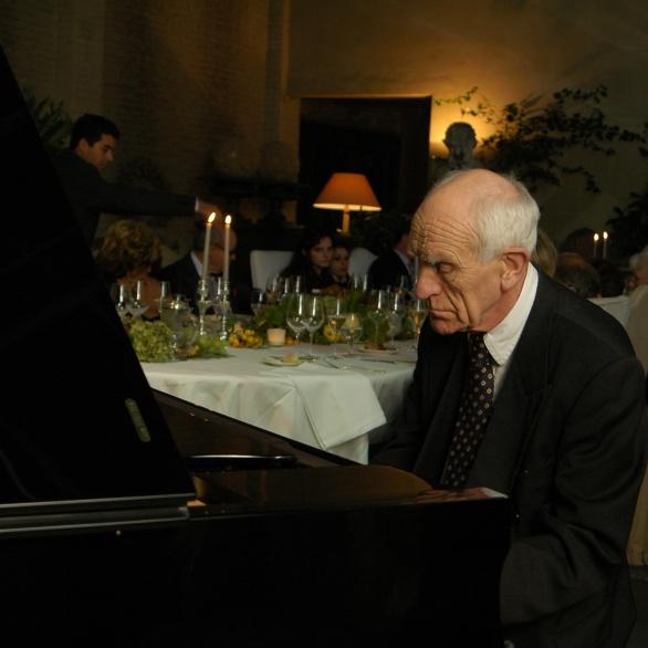 Concertpianist Piet Veenstra speelt werken van Beethoven