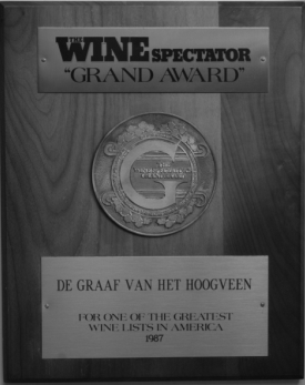 Ine (Droogh) Goossens is Netherlands first recipient of the New York Winspectator's Grand Award and the only Dutch woman to receive the Cep de Giscours from Royal Highness Prince Bernhard for the best Wine List of the Netherlands
